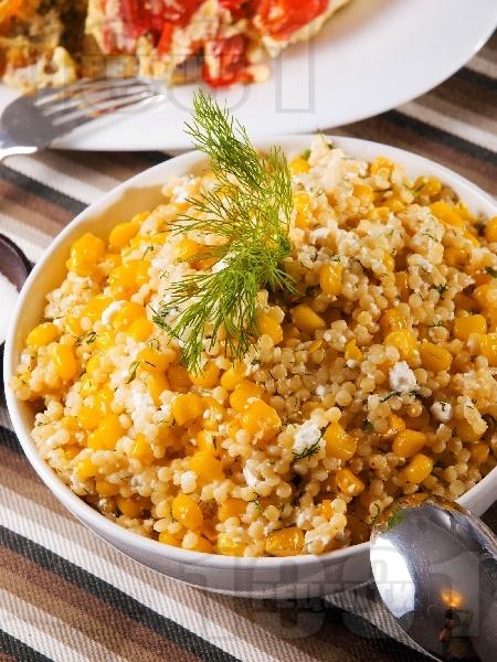 Салата с кускус и царевица - снимка на рецептата